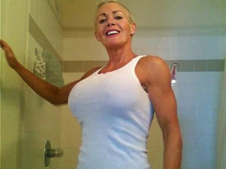 cougar  mistress  white chick