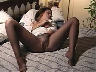 orgasm  pantyhose  woman