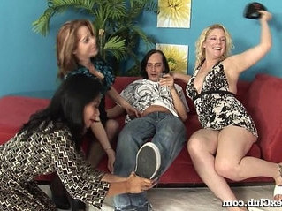 4some  asian  horny