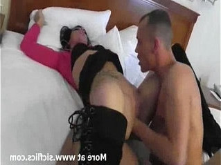 cunt   fisting   girlfriend