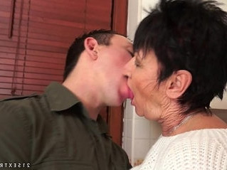 fuck   grandma   older woman