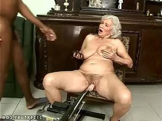 fuck   gilf   interracial